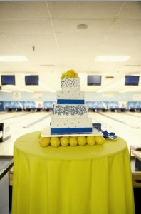 Blue-and-yellow-utah-wedding-cake